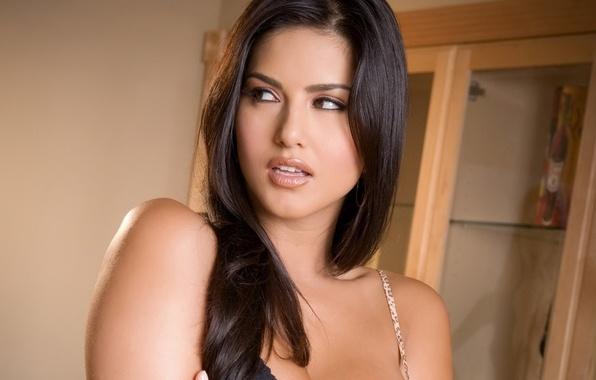 Wallpaper Girl, Sunny Leone, Face, Brunette, Model Images -2176