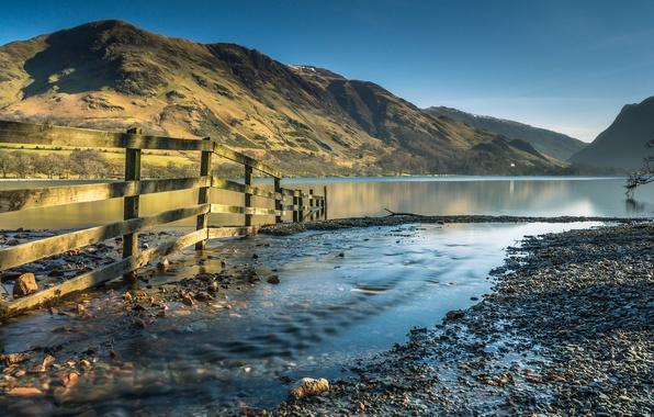 Picture mountains, lake, stream, the fence