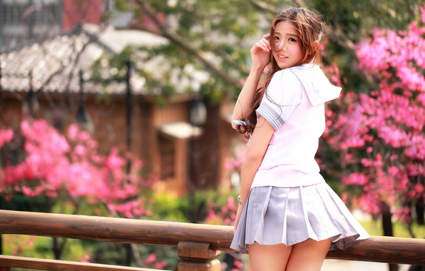 Picture smile, legs, skirt, Oriental girl