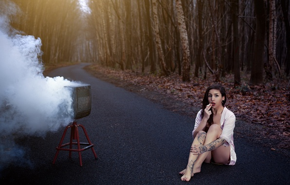 Picture road, girl, smoke, the situation