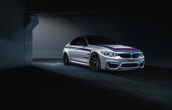 Picture BMW, dark, white, IND, F80