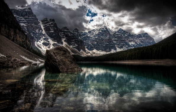 Picture clouds, snow, lake, the darkness, Mountains