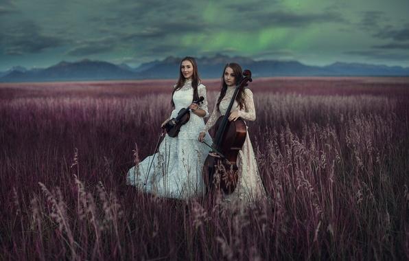 Picture field, music, girls, instrumento