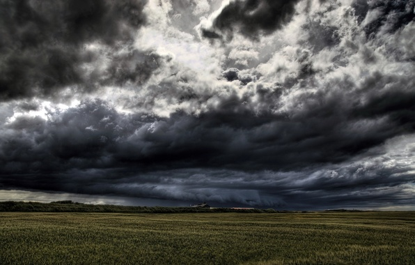 Picture field, clouds, the darkness