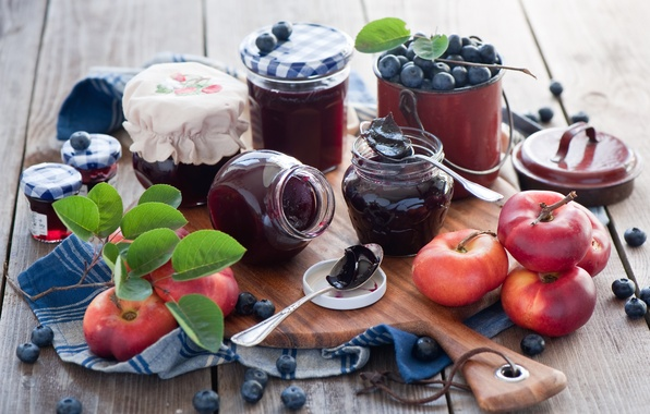 Picture berries, jars, peaches, jam, blueberries