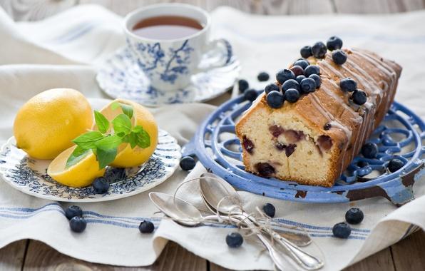 Picture berries, lemon, tea, food, blueberries, fruit, citrus, dessert, cakes, sweet, cupcake, spoon