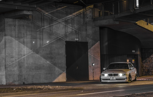 Picture white, night, lights, Boomer, seven, e38, stance, bumer, bmw 740