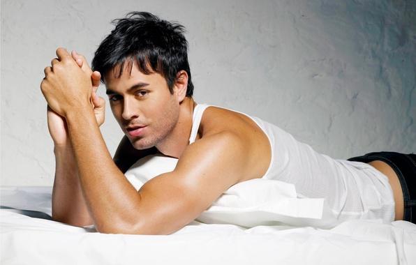 Picture male, singer, handsome, enrike iglesias, Enrique