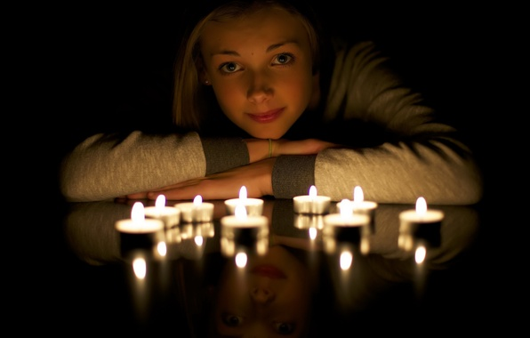 Picture Light, Candle, reflection