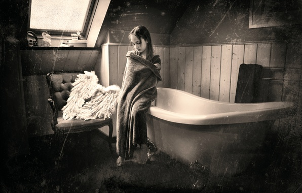 Picture wings, girl, bath
