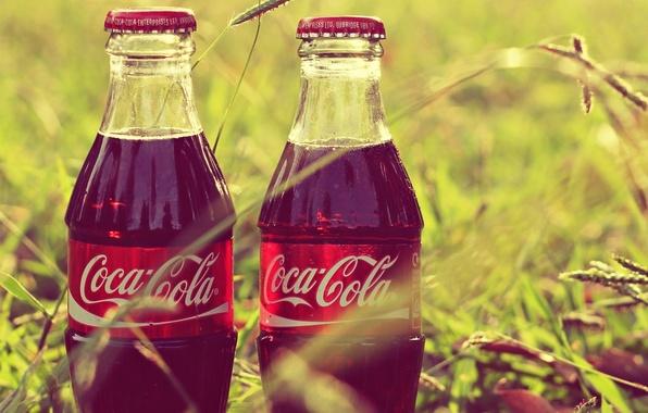 Picture grass, bottle, coca-cola, Coca-Cola, label