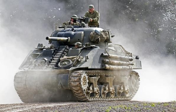 "Picture dust, tank, average, M4 Sherman, ""Sherman"""