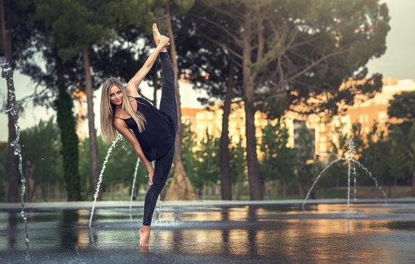 Picture twine, gymnast, Eva Le Bolzer