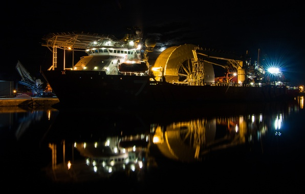 Picture night, ship, Marina, subsea 7