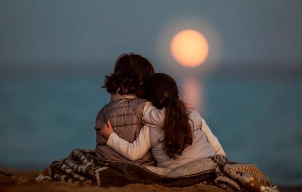 Photo wallpaper children, the moon, Moonrise Stillness
