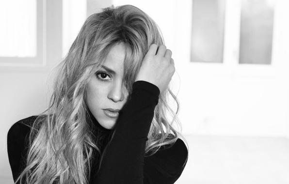 Picture blonde, black and white, singer, Shakira, Shakira