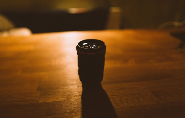 Picture light, table, shadow, lens, Canon, 135mm f2L