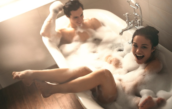 Picture foam, girl, laughter, bath, guy, Virginia Rohrhan