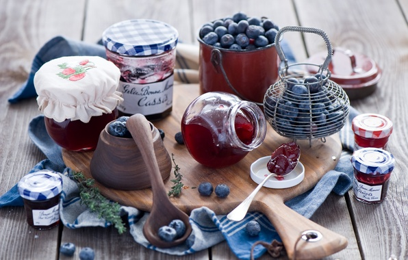 Picture berries, blueberries, jars, Board, banks, jam, jam, spoon, Anna Verdina