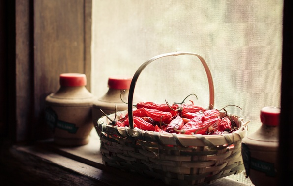 Picture basket, window, pepper