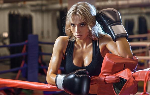 фото девушек на ринге