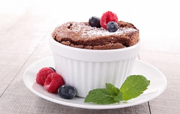 Picture raspberry, blueberries, fruit, dessert, fruits, dessert, cups, blueberries, raspberries, chocolate breath, chocolate souffle