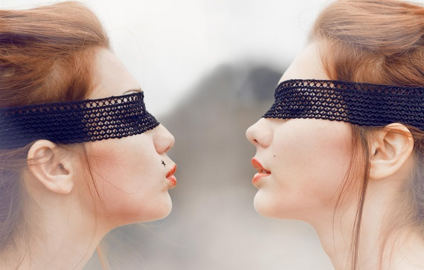 Picture LIPS, Brown-haired women, FACE, KISS, BANDAGE