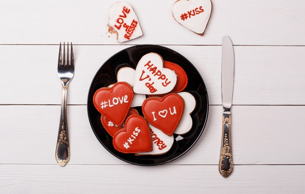 Picture table, plate, knife, plug, 14 Feb, Valentine's day, dinner, Valentine's day, tags, Heart, Breakfast.