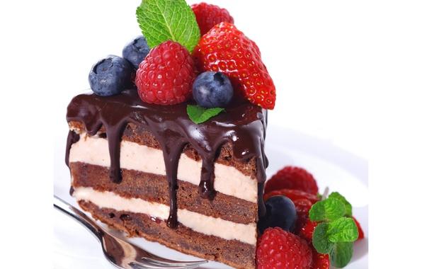 Picture raspberry, the sweetness, chocolate, blueberries, strawberry, cake, cake, cake, mint, chocolate, strawberry, dessert, berries