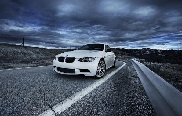 Picture road, white, bmw, BMW, white, road, sky, e92, bump