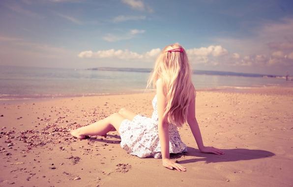 Picture sand, sea, beach, girl, light, loneliness, mood, hands, blonde, beach, girls, beauty, sand, mood