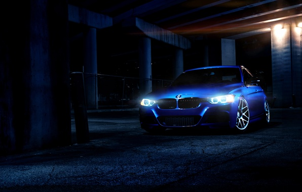 Picture light, blue, bmw, BMW, sedan, blue, 335i, the front, day, f30