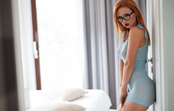 Picture sexy, redhead, blue dress, Justyna
