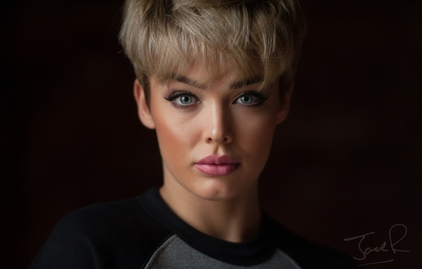 Picture look, face, portrait, makeup, bangs, Rosie Robinson