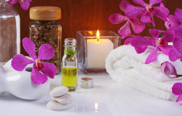 Picture flowers, oil, towel, candles, flowers, Spa, Spa, candles, oil, towels, sea salt, sea salt, purple …