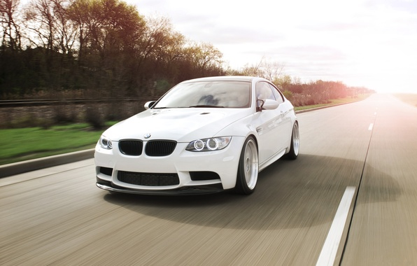 Picture white, the sky, trees, markup, bmw, BMW, speed, white, road, sky, dear, speed, e92, daylight