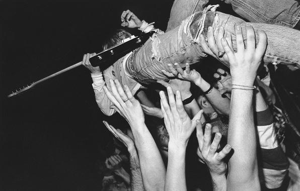 Picture the crowd, guitar, hands, musician, Kurt Cobain, slam