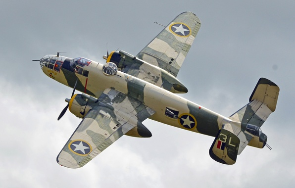 Picture flight, bomber, American, North American, twin-engine, average, B-25J, Mitchell