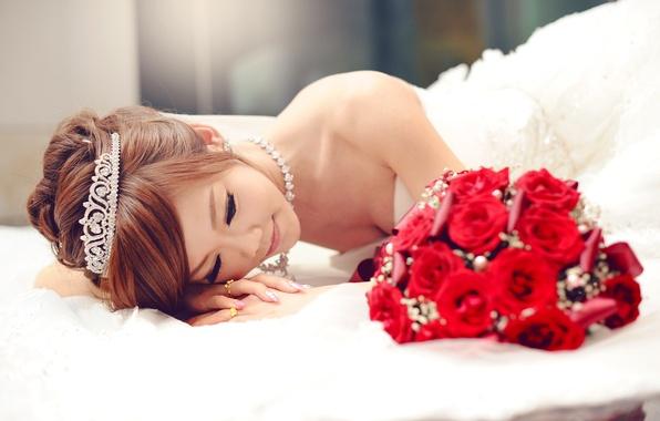 Picture girl, bouquet, Asian, the bride, wedding, tiara