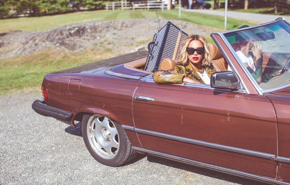 Picture machine, girl, glasses, blonde, singer, celebrity, Beyonce