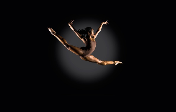 Picture girl, Jump, athlete, Komsomolskaya Pravda, beautiful!