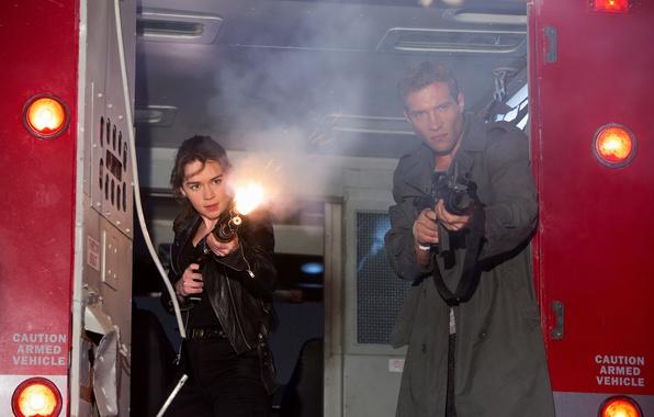 Picture weapons, fiction, shot, machine, shooting, shotgun, Emilia Clarke, Emilia Clarke, Jai Courtney, Sarah Connor, Terminator: …