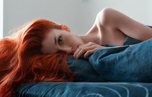Picture stay, sponge, the beauty, redhead, Roman Filippov