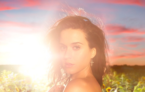 Picture field, the sun, sunflowers, Katy Perry
