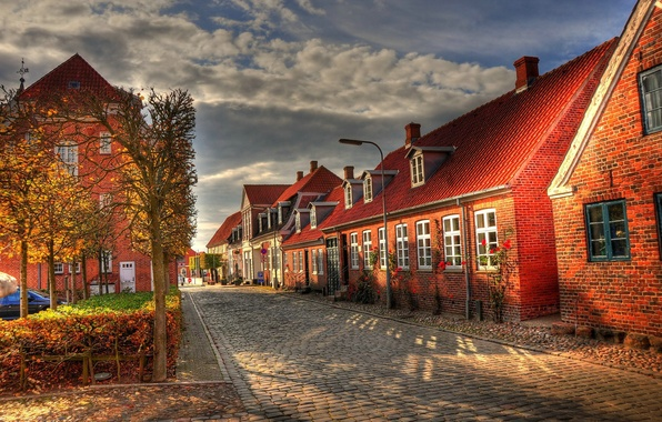 Picture autumn, clouds, street, building, home, morning, pavers, Europe, houses, bridge, street, alley