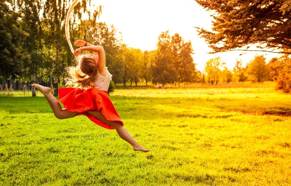 Picture greens, grass, leaves, girl, the sun, trees, joy, nature, background, tree, jump, widescreen, Wallpaper, feet, ...
