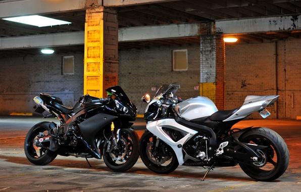 Picture white, motorcycles, support, white, suzuki, yamaha, Suzuki, Yamaha, matte black, bikes, yzf-r1, gsx-r1000, black matte