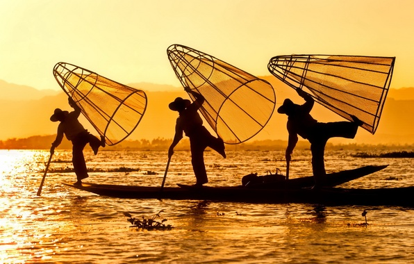 Picture the sun, river, sunrise, boat, morning, fishermen, silhouettes, traps