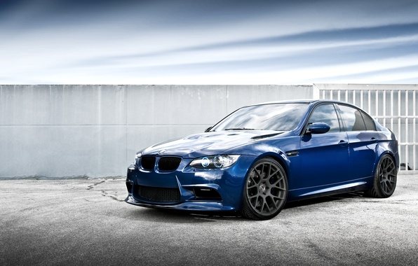 Picture the sky, clouds, blue, reflection, BMW, BMW, sedan, blue, Sedan