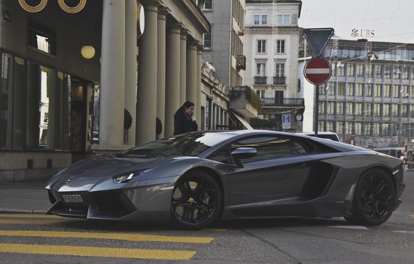 Picture girl, grey, street, Lamborghini, supercar, girl, supercar, street, aventador, lp700-4, Lamborghini, aventador, gray